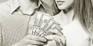 Денежный вопрос в отношениях — кто и за что платит